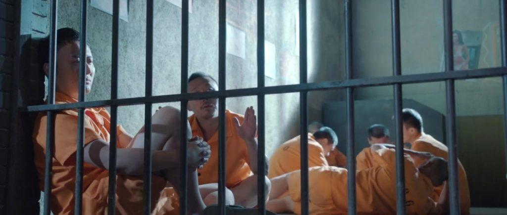 2017犯罪《黑狱逃杀》当监狱暴力遇到中国易学会产生什么