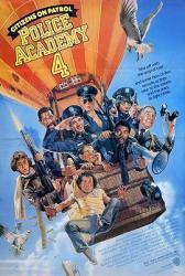 1987美国7.0分恶搞喜剧《警察学校4:全民警察》BD1080p